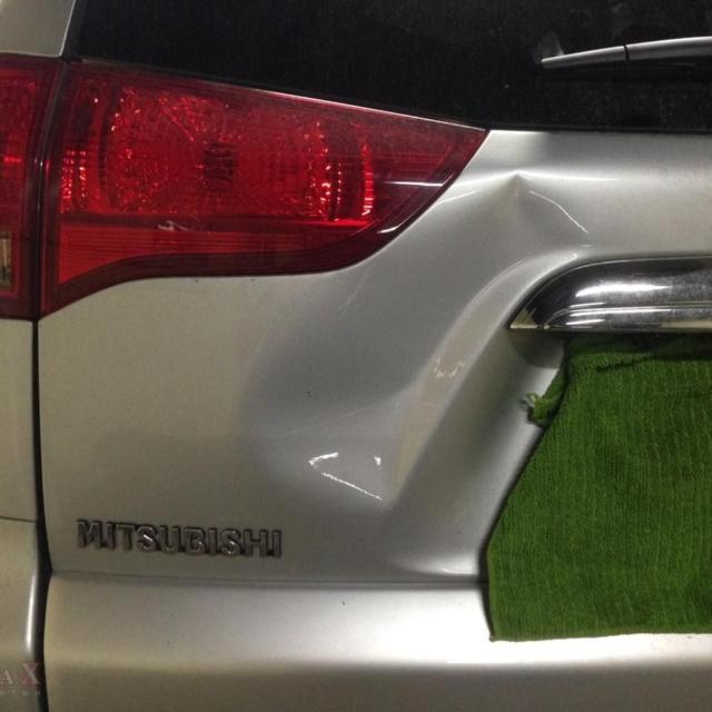Автомобиль Mitsubishi