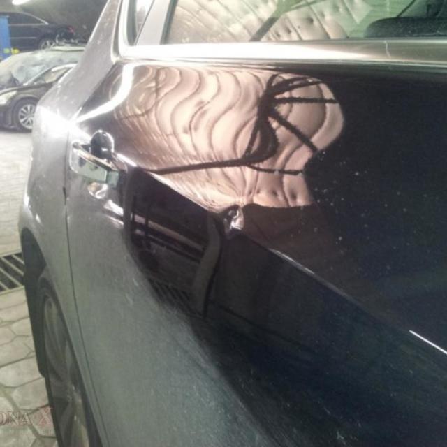 Автомобиль Opel