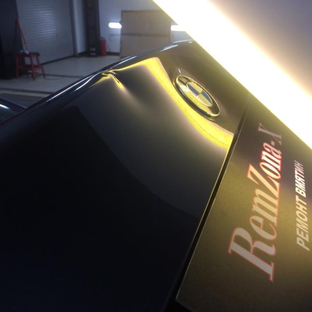 Автомобиль BMW 5 серии