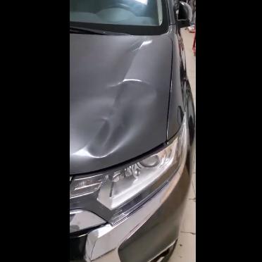 Ремонт вмятин без покраски в Москве на автомобиле Mitsubishi