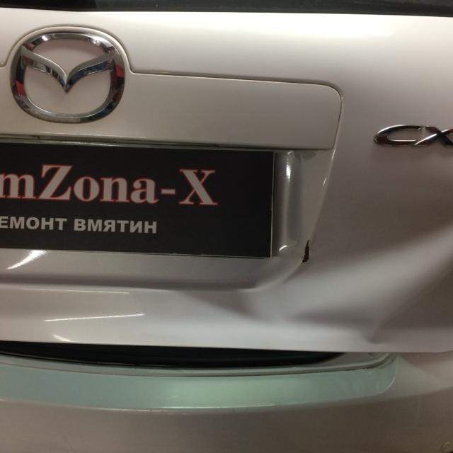 Автомобиль Mazda CX7