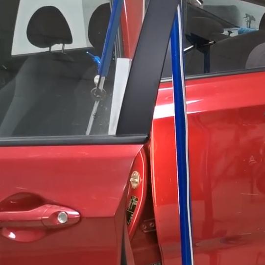 Процесс ремонта автомобиля Hyundai Solaris