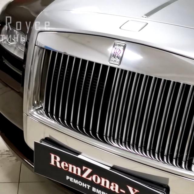 Ремонт вмятин без покраски в Москве на Rolls-Royce Phantom