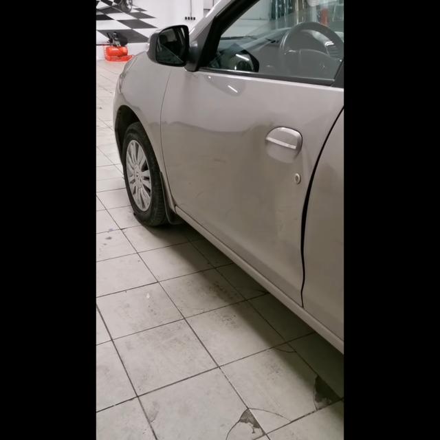 Удаление вмятин без покраски на автомобиле Renault Logan
