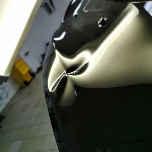 Автомобиль Mercedes-Benz E-class Вмятина на багажнике